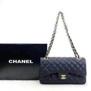 Chanel Classic Flap Bag %100 Caviar leather